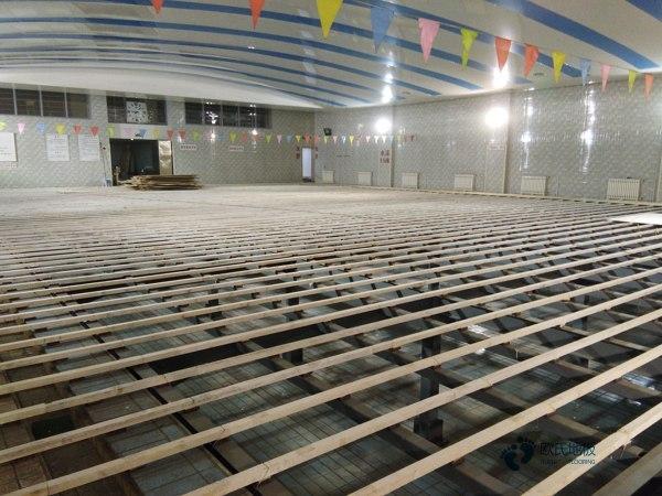 运动篮球馆木地板厂家1