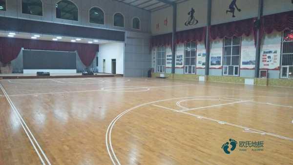 枫桦木运动篮球地板双层龙骨结构