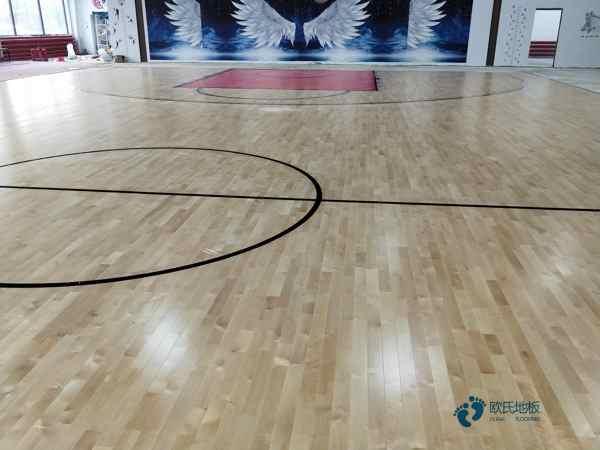 体育木地板的功能
