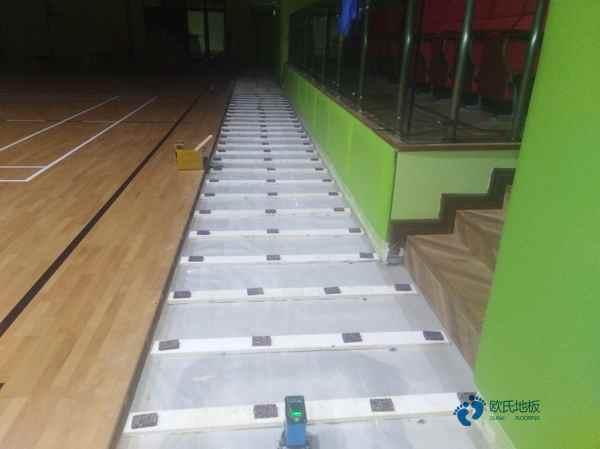 西安专业体育场地板打磨翻新