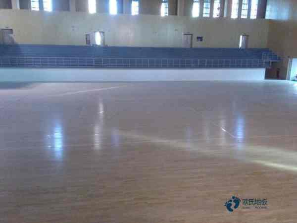 企口篮球木地板施工技术
