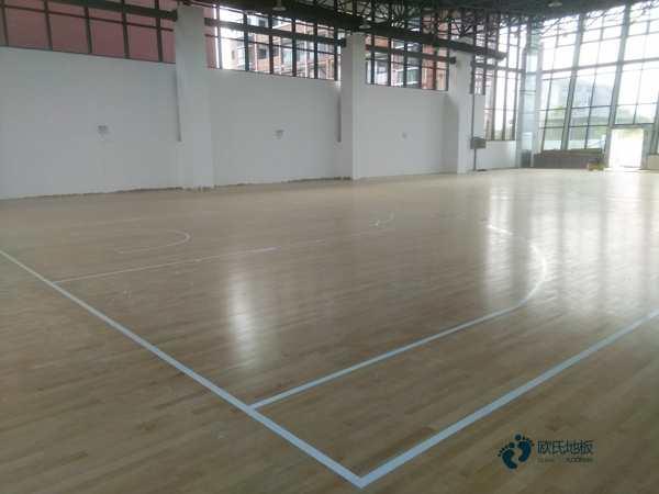 硬木企口篮球运动地板怎么翻新?