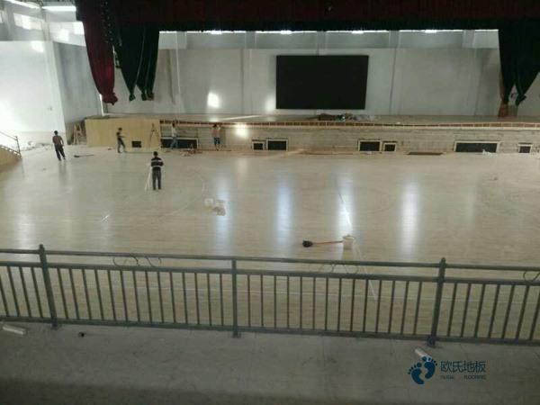 专用舞蹈室木地板怎么安装