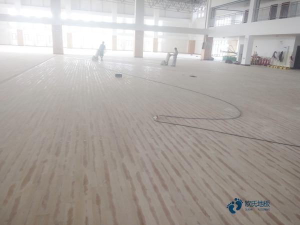 哪里有较好的篮球馆木地板