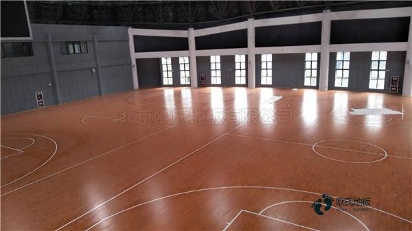 枫木体育馆木地板批发