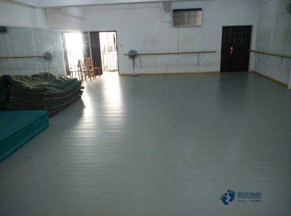 体育木地板枫桦木安装工艺