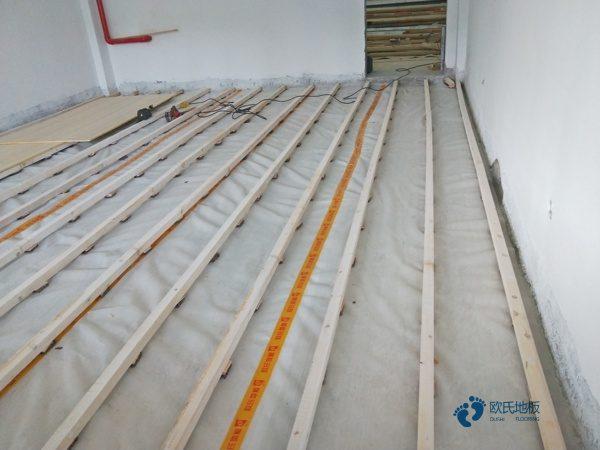专业的篮球场实木地板规格