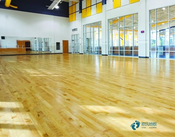 赛事场馆篮球场地板安装