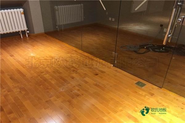 承接体育木地板