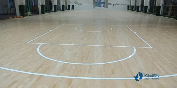 有哪些专业体育场地板