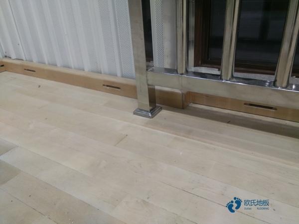 板式龙骨运动体育木地板