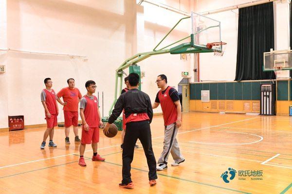 篮球地板公司