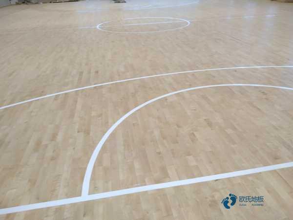 篮球木地板分几级