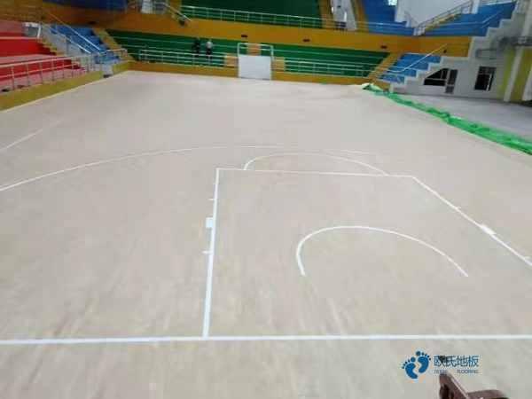 篮球木地板哪里好