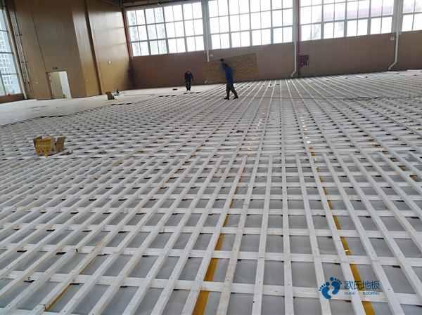 篮球木地板场地