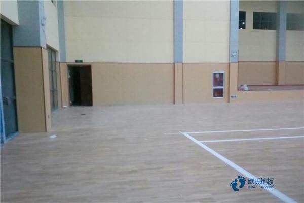 篮球木地板如何保洁