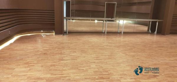篮球木地板如何选