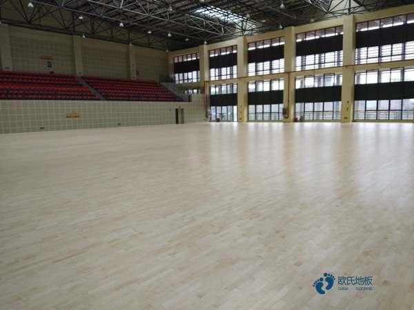 篮球木地板材料有哪些