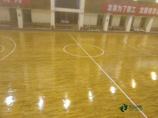 篮球木地板材质有哪些