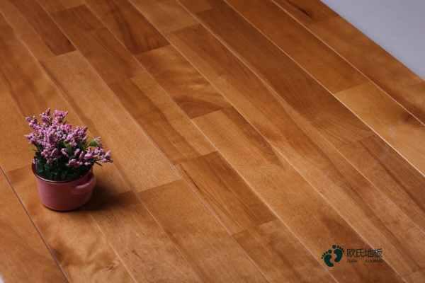 篮球木地板设备