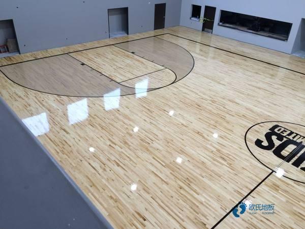 篮球馆木地板怎么消光