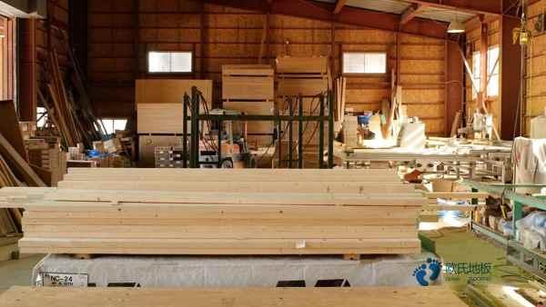 柞木体育运动地板怎么保养