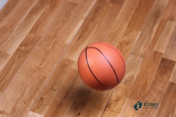 柞木篮球场地地板厂家报价