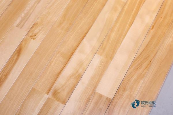 柞木篮球场地板保养方法