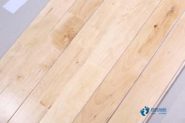 篮球馆木地板要用什么擦好