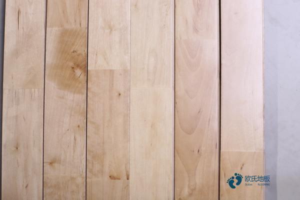 柞木篮球场馆地板保养方法