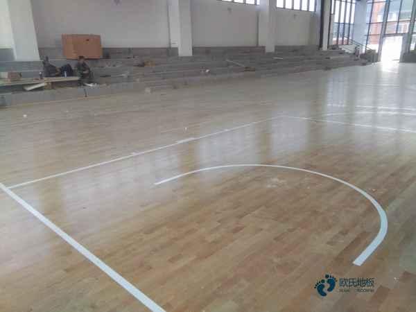 柞木篮球场馆木地板维护保养