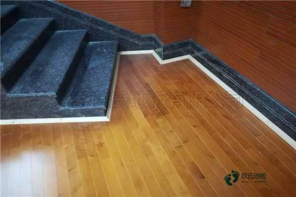 运动体育木地板哪个牌子比较好
