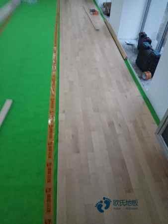 运动体育木地板哪种牌子好
