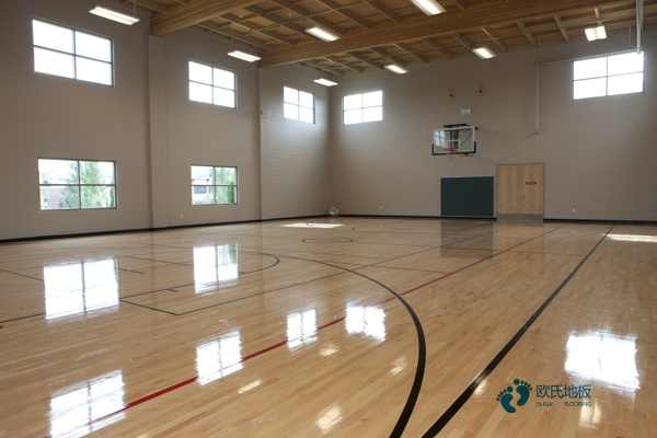 运动体育木地板大约多少钱