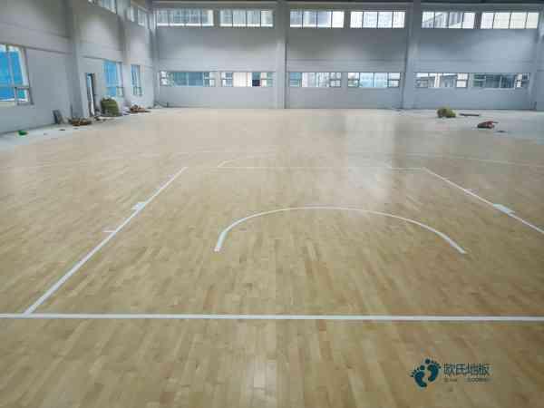 运动场木地板更便宜的多少钱一平方米