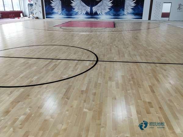 运动型地板多少钱