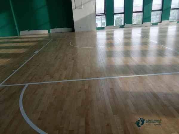 运动篮球木地板要多少钱