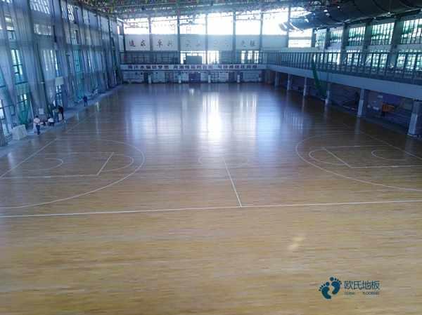 运动馆地板多少钱一平方米
