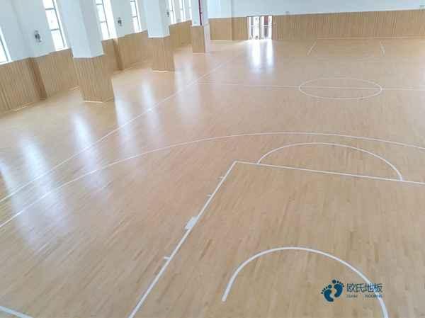 运动馆地板更便宜的多少钱一平方米
