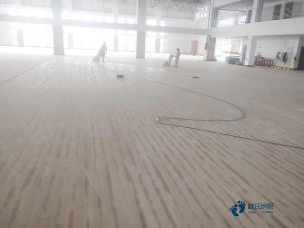 25厚体育木地板厂家报价
