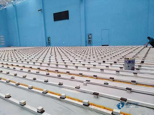 一般体育馆木地板施工步骤