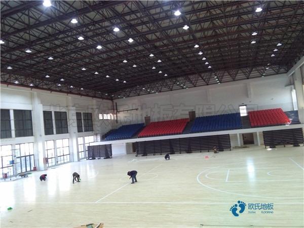 一般篮球场地地板施工方案