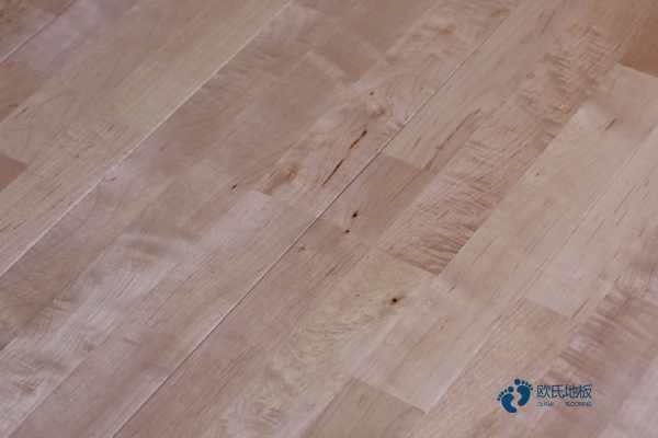 橡胶木哪个品牌好?篮球馆木地板