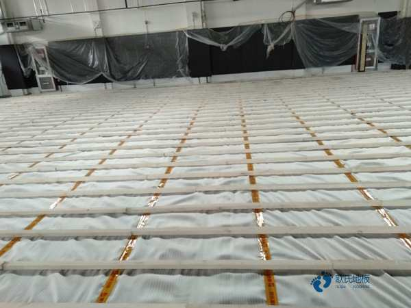 一般篮球运动木地板施工流程