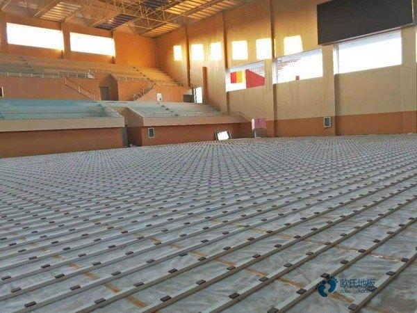 一般运动场地木地板施工团队