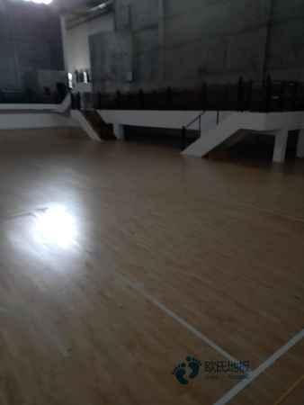 一般运动场木地板施工步骤