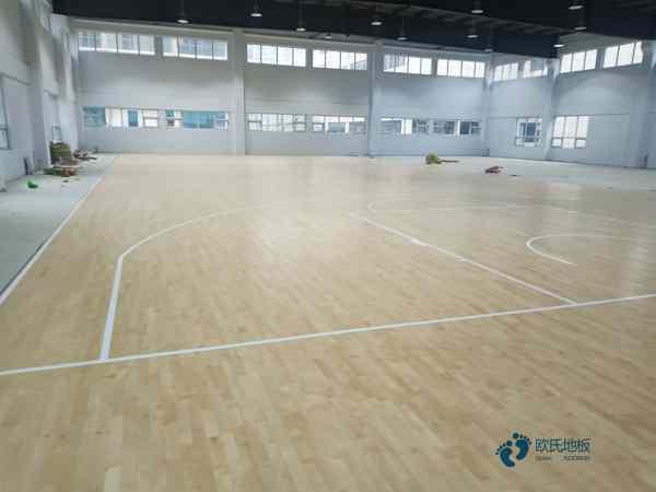 一般运动篮球木地板施工