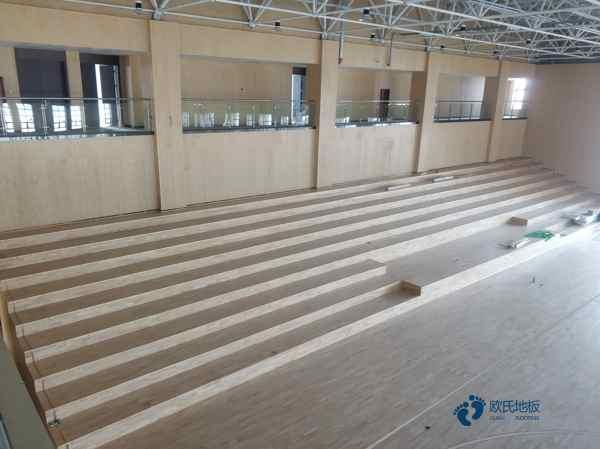 专用体育场木地板施工