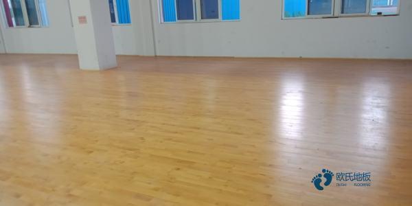 专用篮球场馆地板施工