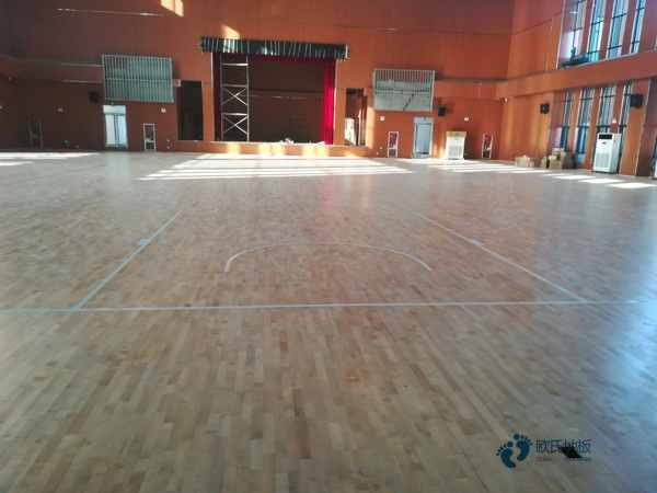 中学运动场馆木地板安装公司